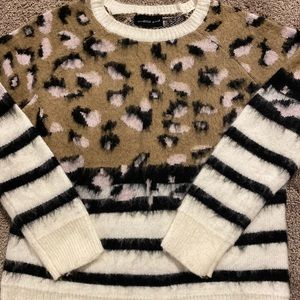 Soft leopard sweater- small